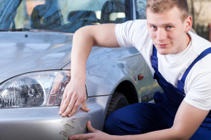 Mechanic inflating car insurance claim